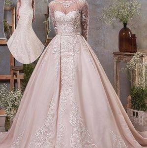 Dresses & Skirts - Elegant tulle and organza two in one wedding dress